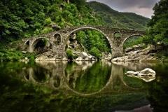 Дьявольский мост над рекой Арда